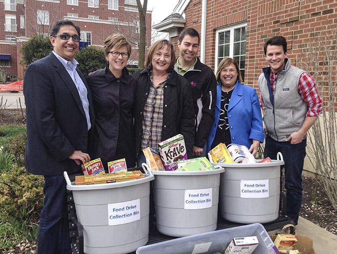 Food Pantry Drive Volunteers
